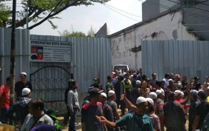 Polisi Diminta Jaga Pembangunan Masjid Imam Ahmad bin Hanbal