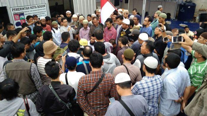 DKM Masjid Imam Ahmad bin Hanbal: Intimidasi & Teror Sudah Dilakukan Berulangkali, Pemkot Harus Tegas